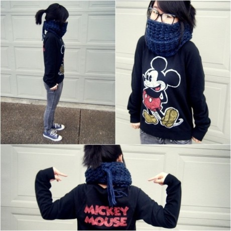 mickeymousevintagesweater